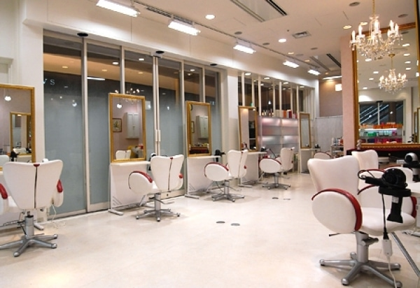 Spa & Beauty Salon Cleaning Services
